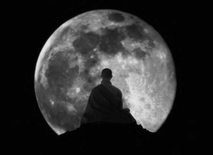 53374_full_moon_meditation_monk_photography_zen_b33975addfad9fcca85778b22c59a102_h